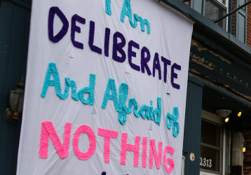 #SignsofSolidarity